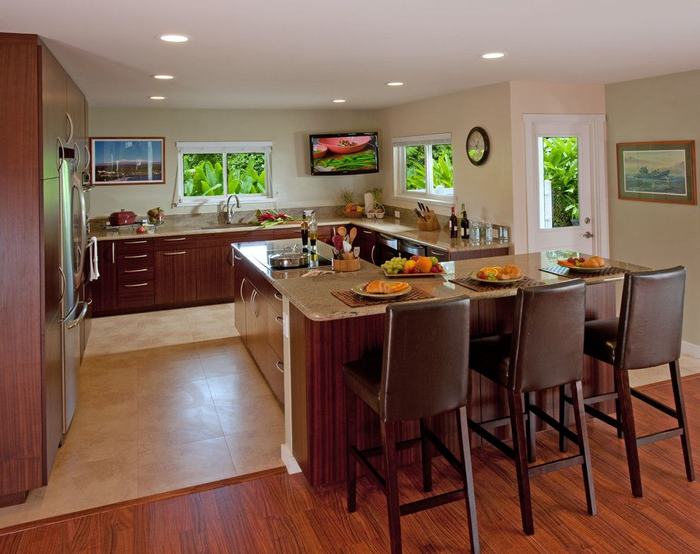 L484 for a Tropical Kitchen with a Kitchen Lighting and Kitchen & Bathroom Remodel Hawaii by Ferguson Bath, Kitchen & Lighting Gallery