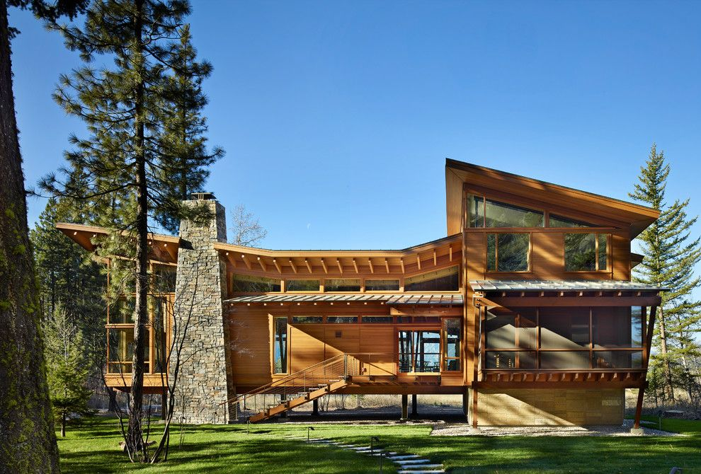 Lacy Bella Designs for a Contemporary Exterior with a Mountain Contemporary and Mazama House by Finne Architects