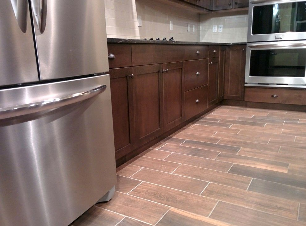 Legacy Cabinets for a Craftsman Kitchen with a Kennewick and Private Residence Kennewick, Wa by Legacy Mill & Cabinet Nw Llc