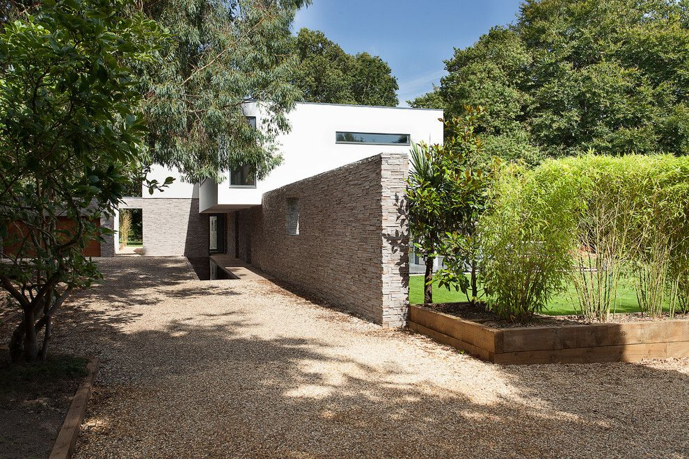 Lowes Conway Ar for a Modern Exterior with a Bamboo and Abbots Way by Ar Design Studio Ltd