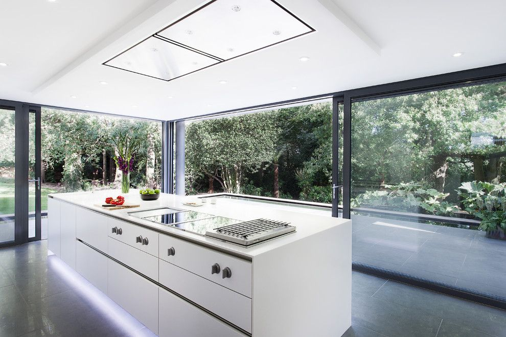 Lowes Conway Ar for a Modern Kitchen with a White Kitchen Island and Abbots Way by Ar Design Studio Ltd