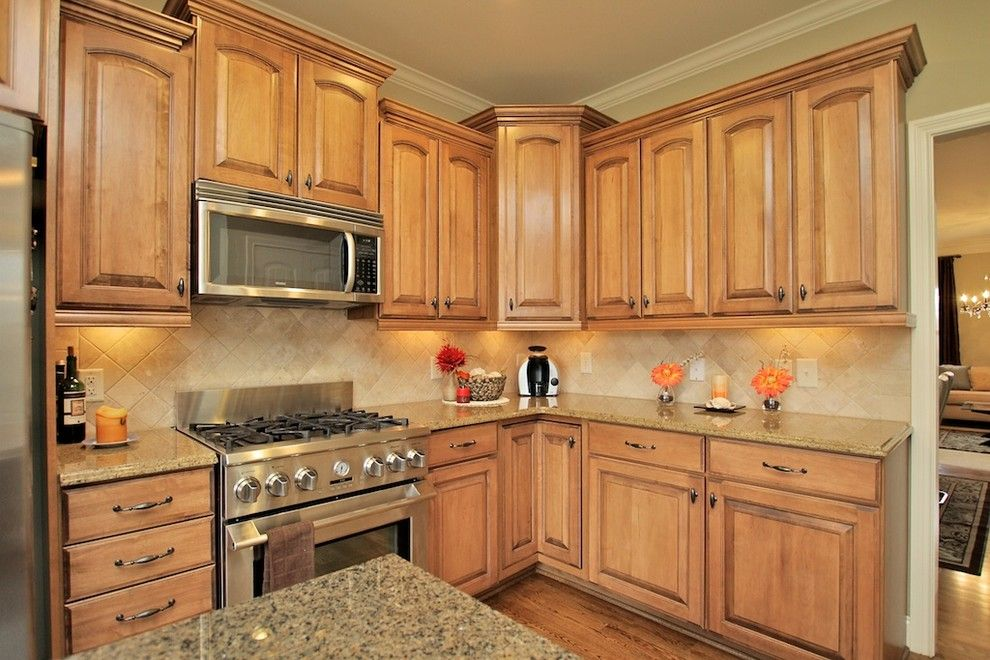 Lowes Hendersonville Tn for a Traditional Kitchen with a Home Stager Hendersonville Tn and Staged Listing Smokerise Lane Hendersonville,Tn by Absolute Makeover