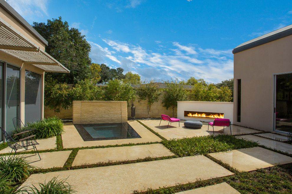 Lowes Scottsdale for a Modern Pool with a Cut Stone and Modern Spa in Terrell Hills by Artesian Custom Pools, Inc