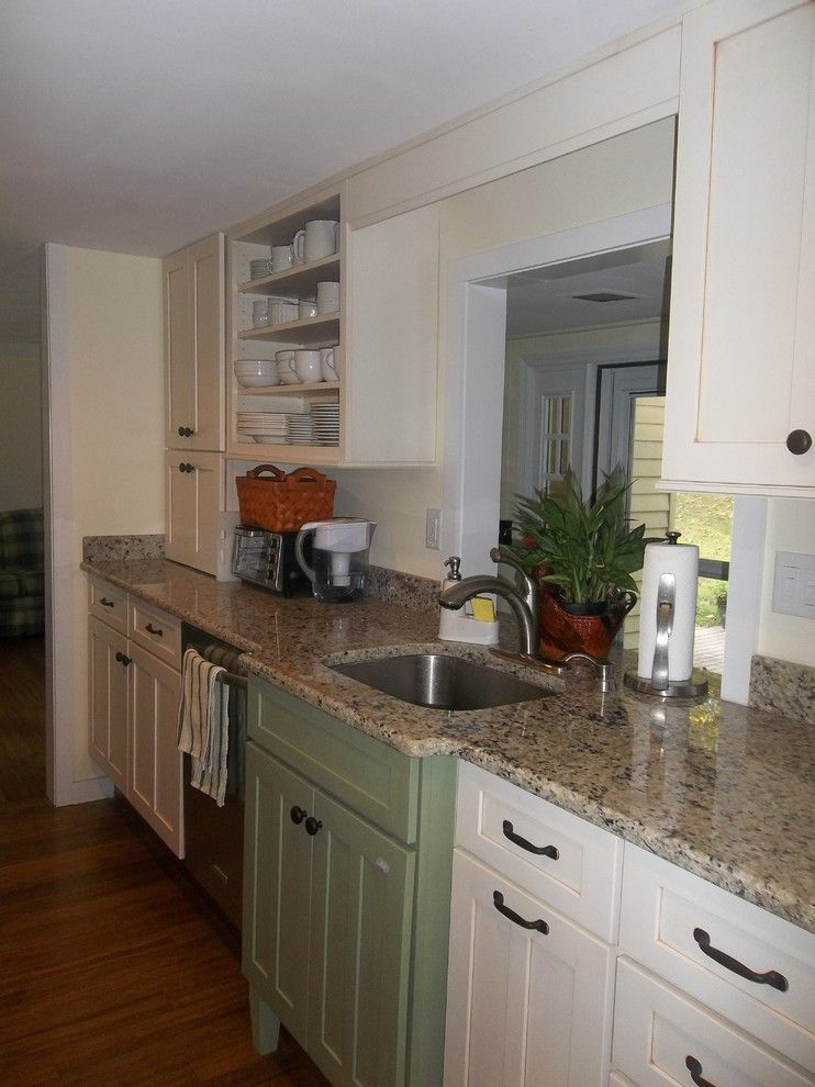 Lowes Scottsdale for a Traditional Kitchen with a Traditional and Schuler Scottsdale Maple Kitchen   Newton, Nj by Lowe's of Newton, Nj