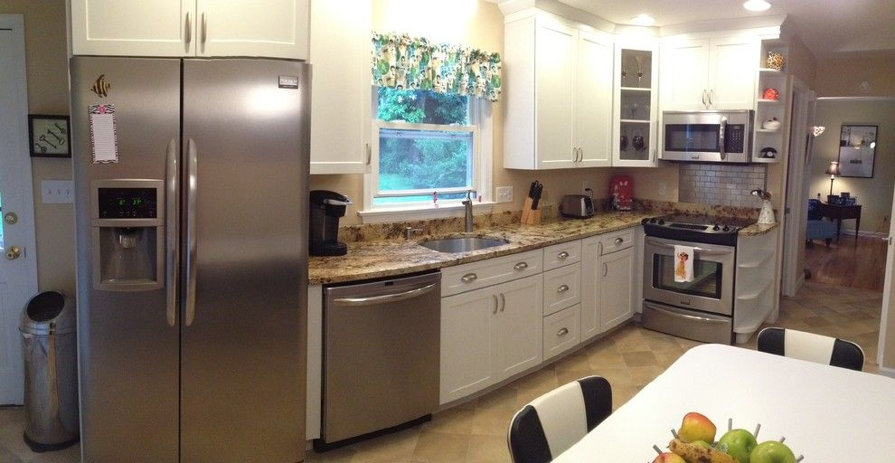 Lowes Whitehall Pa for a Traditional Kitchen with a Kitchen Remodel Kraftmaid White Plain and Emmaus Kitchen Remodel by Lowe's of Whitehall, Pa