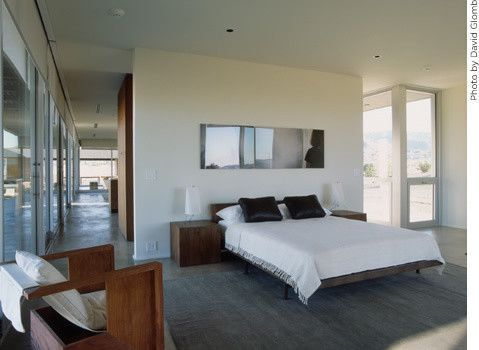 Marmol Radziner for a Modern Bedroom with a Sliding Door and Marmol Radziner Prefab by Marmol Radziner