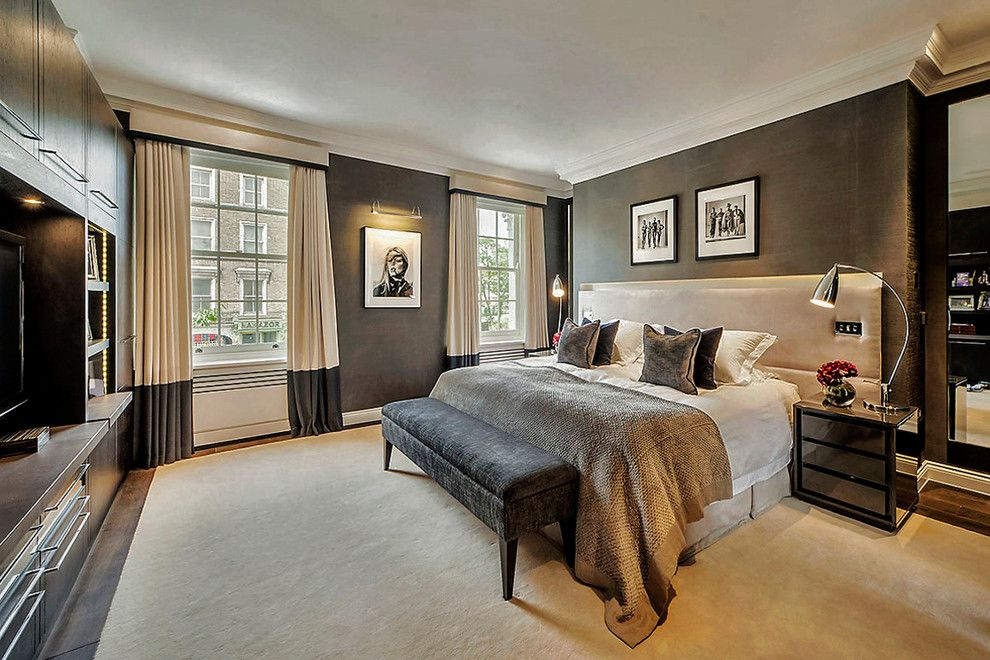 Master Bedroom Decorating Ideas For A Contemporary Bedroom With A Cornice