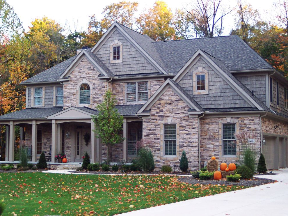 Minwax Colors for a Contemporary Exterior with a Mixed Siding and Provia by Provia