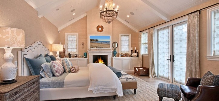 Mor Furniture for a Traditional Bedroom with a Beige Grasscloth Wallpaper and Waverly by Brandon Architects, Inc.