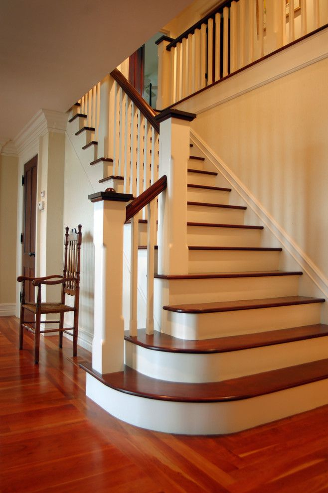 Navajo White Paint for a Traditional Staircase with a Traditional and Hudson River House by Wallant Architect