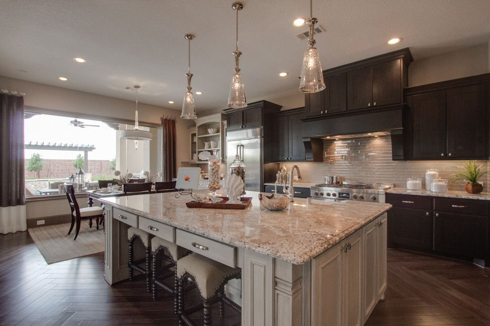 Newmark Homes for a Traditional Kitchen with a Fixtures and Newmark Homes   Pampered Chef   Villa Rotunda by Newmark Homes