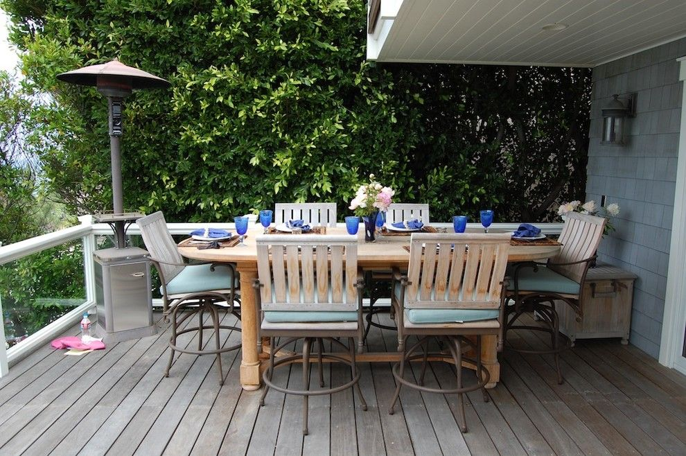 Nichols Lumber for a Beach Style Deck with a Beach Style and My Houzz: Cape Cod Style in California by Dana Nichols