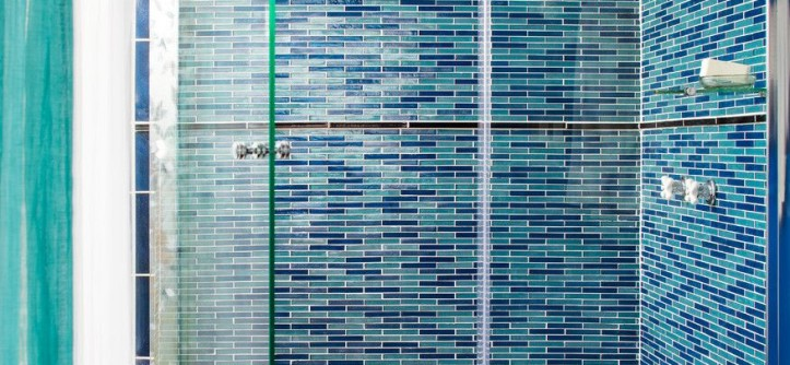 Oceanside Glass Tile for a Beach Style Bathroom with a Blue Glass Tile and Oceanside Glasstile Projects by CERAMIC MATRIX