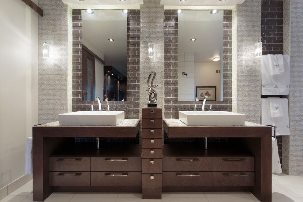Ochre Lighting for a Contemporary Bathroom with a Pendant Light and Southboine Residence by Charisma, the Design Experience