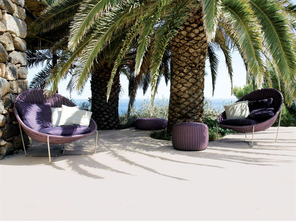 Paola Lenti for a Beach Style Patio with a Decorative Pillows and Nido Seat in Nylon Braid for Outdoor by Paola Lenti by Escale Design