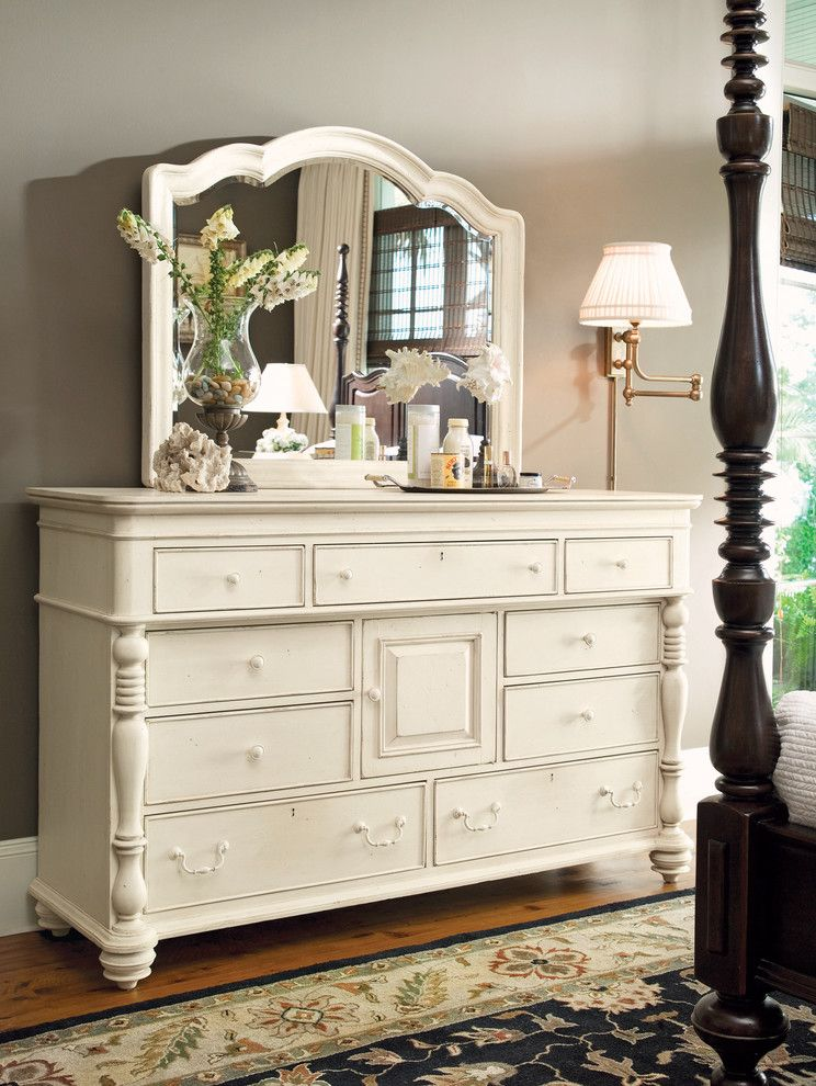 Paula Deen Lemonade for a Farmhouse Spaces with a Farmhouse and Paula Deen Home Furniture by Babette's Furniture