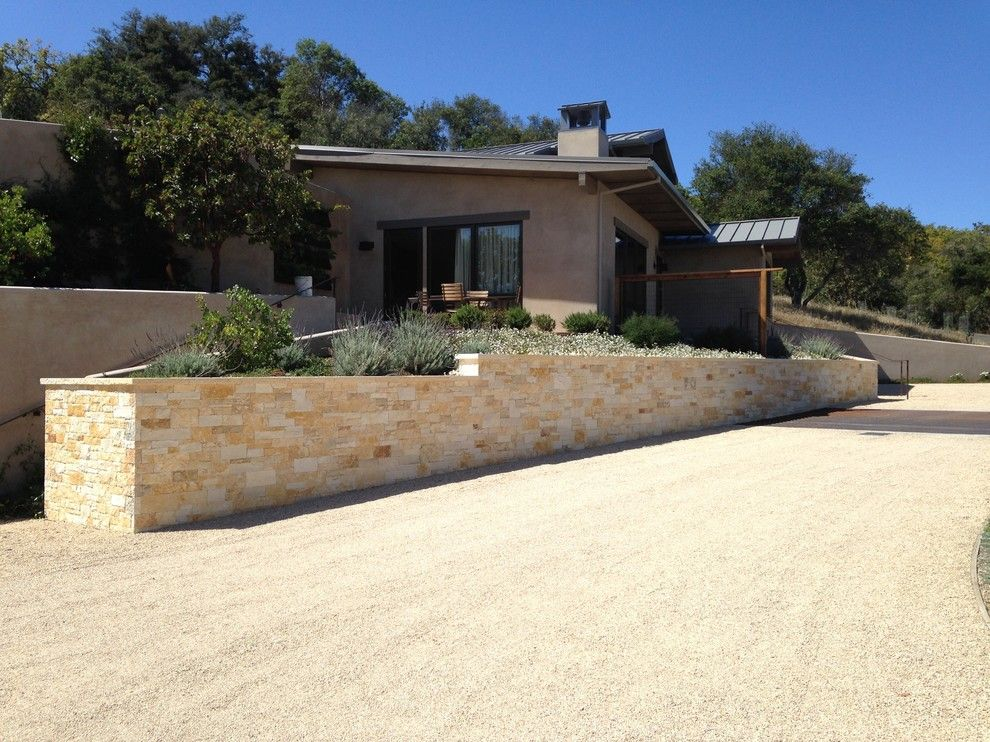 Peninsula Building Materials for a  Spaces with a Arizona Flagstone and First Impressions, Your Home Entry by Peninsula Building Materials