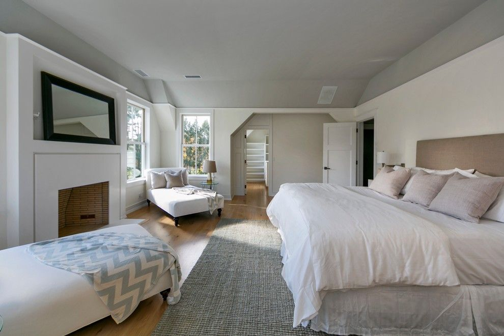 Pittsburgh Paints for a Contemporary Bedroom with a Grey Ceiling and Contemporary Gables Westport, Ct by Vicente Burin Architects