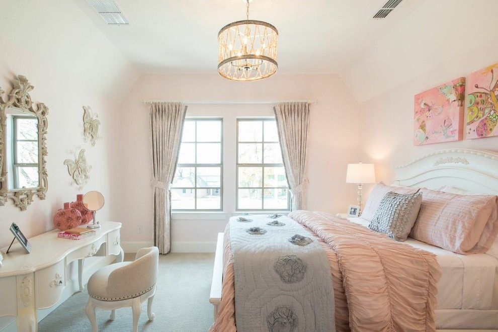 Pittsburgh Paints for a Traditional Kids with a Art and Lincoln Court by Michele Peterson Ama Interiors