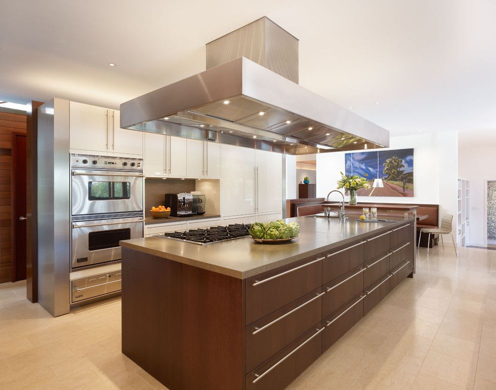 Poggenpohl for a Modern Kitchen with a Tiled Floor and Kitchen by Rockefeller Partners Architects