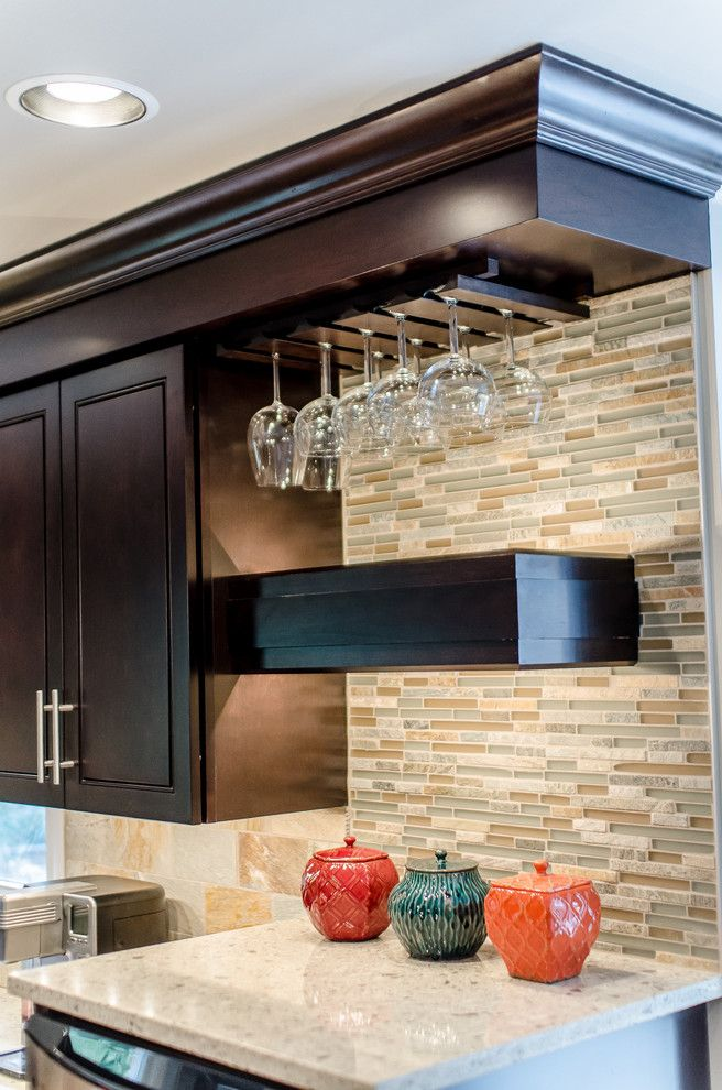 Probuild for a Eclectic Kitchen with a Glass and Pro Builders   Kitchen Portfolio by Pro Builders