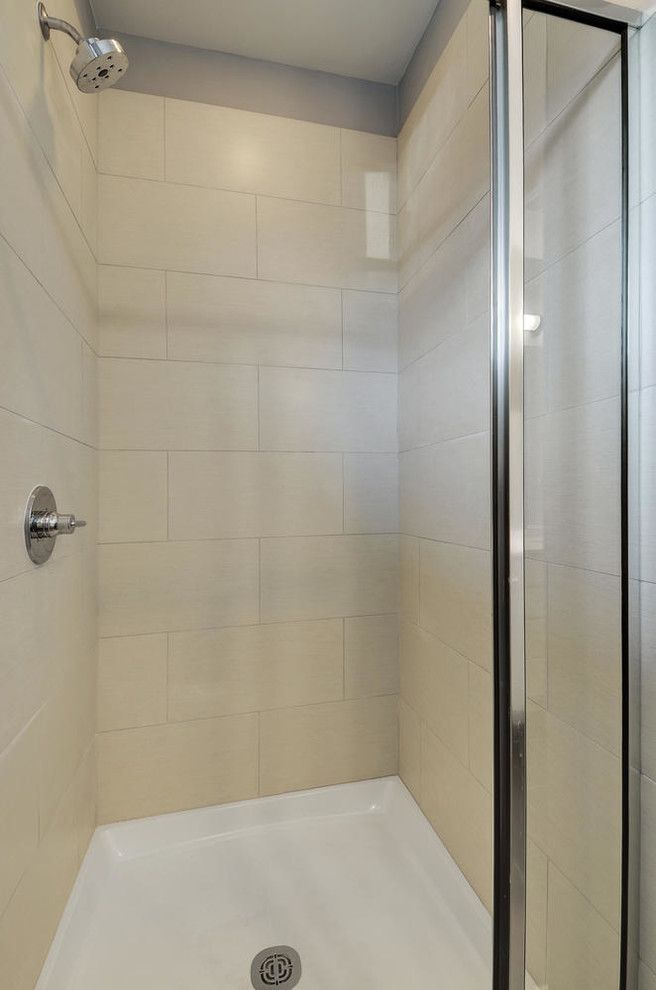 Psw Real Estate for a Modern Bathroom with a Energy Star and Sweetbriar by Psw Real Estate