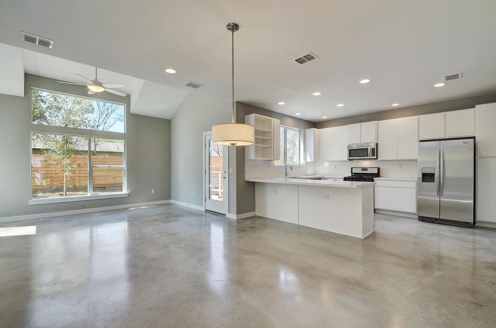 Psw Real Estate for a Modern Kitchen with a Solar and Sweetbriar by Psw Real Estate