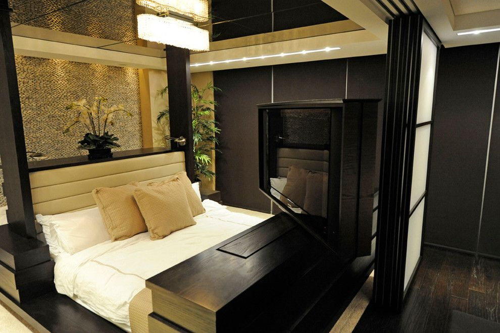 Raydoor for a Contemporary Spaces with a Pocket Doors and Residence, Km Plaza by Raydoor