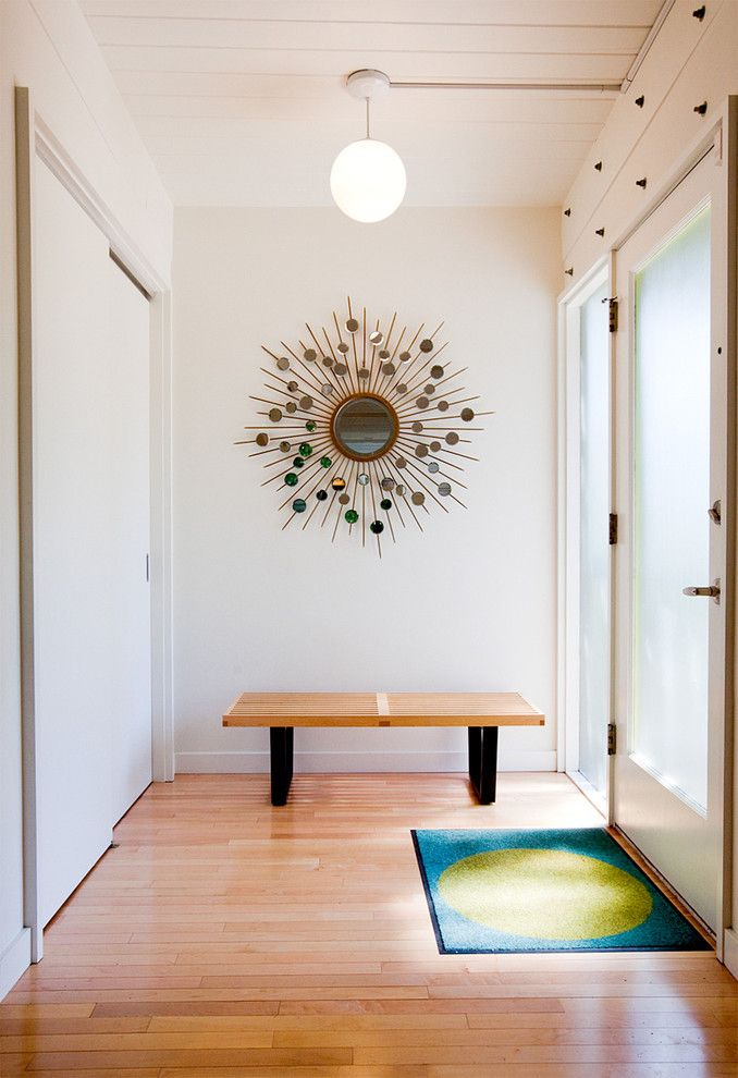 Ren Wil for a Midcentury Entry with a Midcentury Modern and Laurelhurst House by Daniel Sheehan Photography