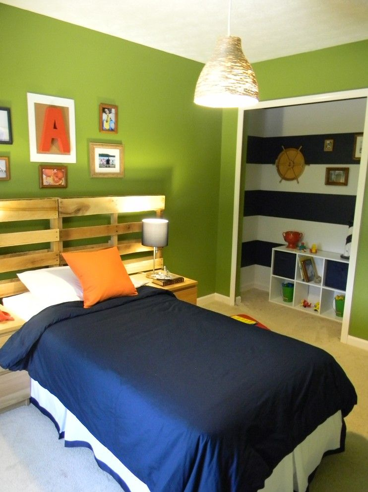 Repurposed Pallets for a Eclectic Kids with a Boys and Nautical Bedroom (Www.home23duncanboys.blogspot.com) by Lakeitha Duncan