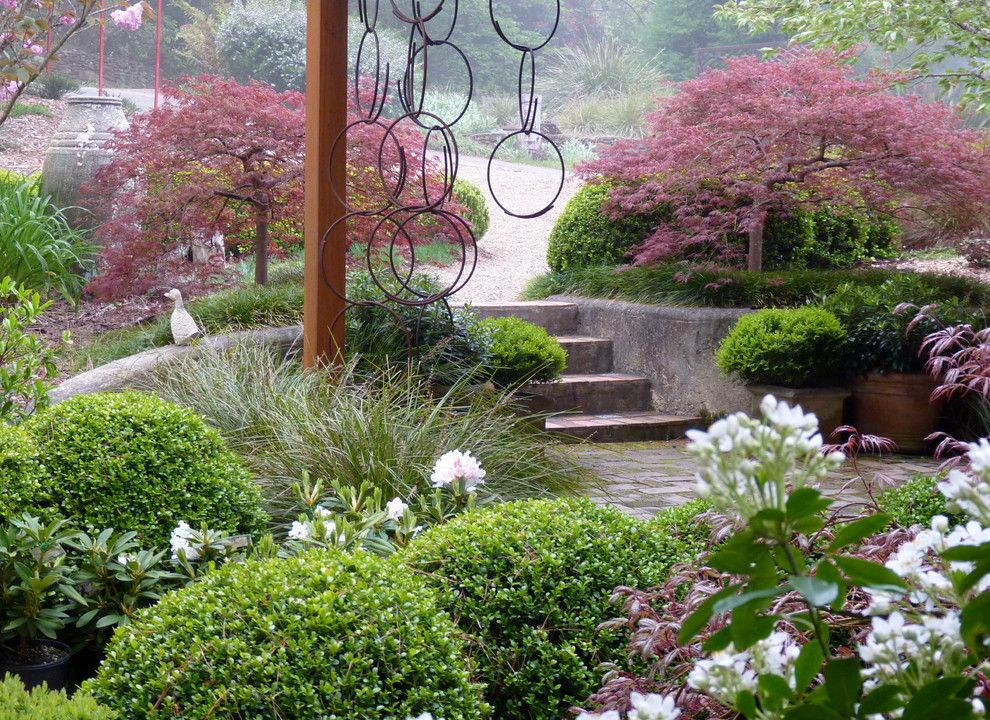 Rings End Darien for a Traditional Landscape with a Buxus and Lathouris Garden by Arthur Lathouris Garden Designer