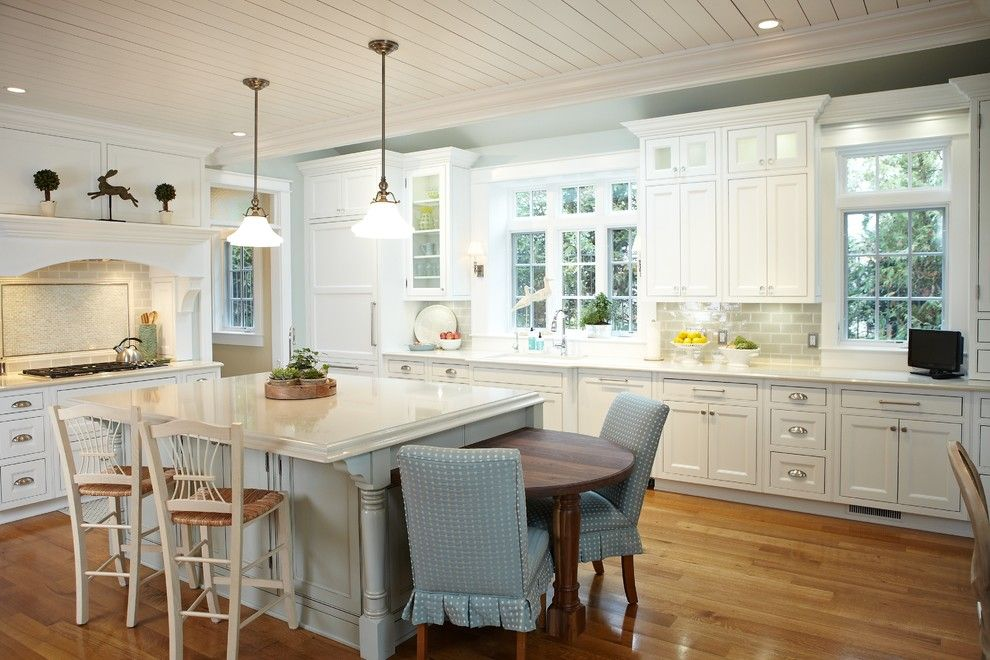 Sallys Store for a Traditional Kitchen with a Eat in Kitchen and Fisk Lake by Sears Architects