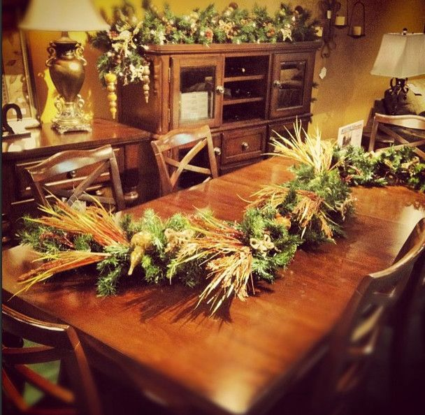 Sam Levitz Tucson for a  Dining Room with a  and Dining Tables by Sam Levitz Furniture