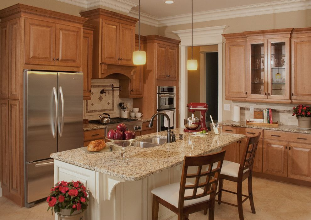 Santa Cecilia Light Granite for a Traditional Kitchen with a Granite Countertop and Cabinetry Product Photos by Ideal Design & Cabinetry