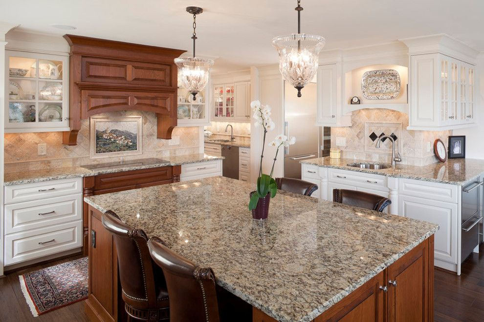Santa Cecilia Light Granite for a Traditional Kitchen with a Kitchen and the Regency by Don Justice Cabinet Makers by Don Justice Cabinet Makers