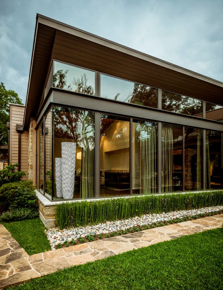 Schroder House for a Contemporary Landscape with a Contemporary and Swananoah Residence by Stocker Hoesterey Montenegro