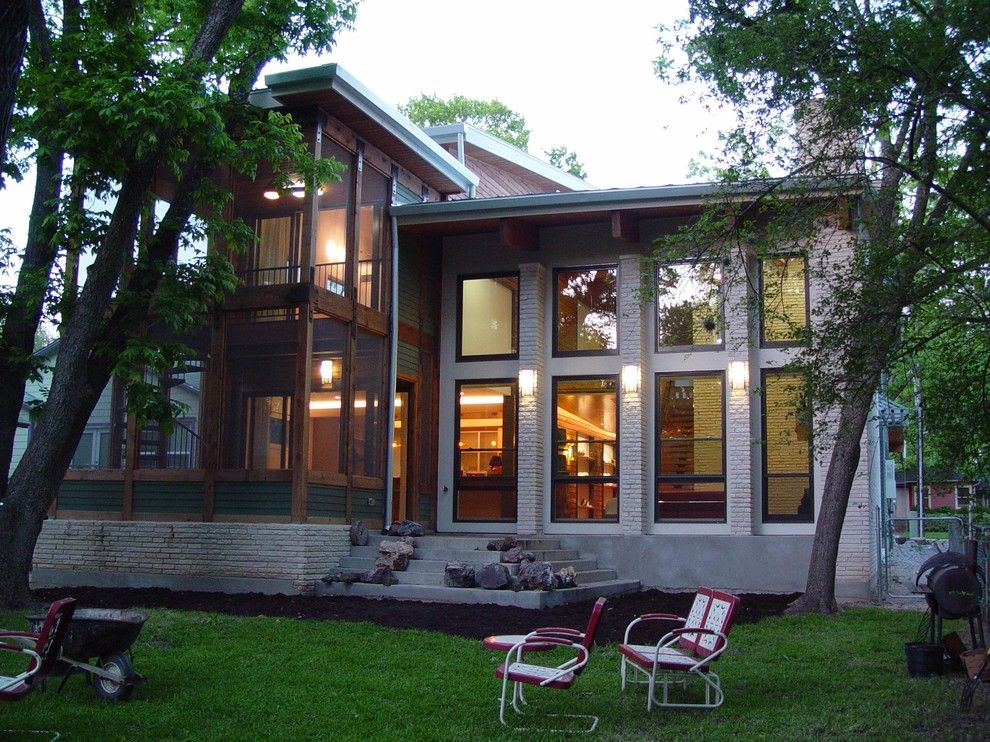 Senergy for a Modern Exterior with a Travis Gaylord Young and Shoal Creek Custom Home Five Star Energy by Katz Builders, Inc.
