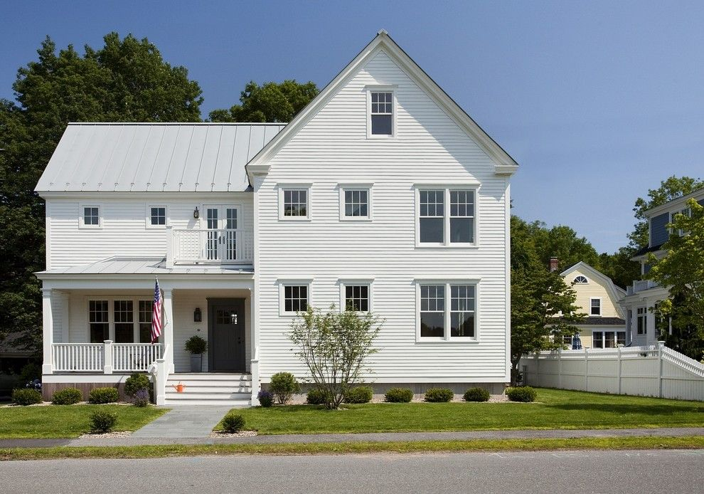 Senergy for a Traditional Exterior with a Traditional and Concord Green Home by Zeroenergy Design