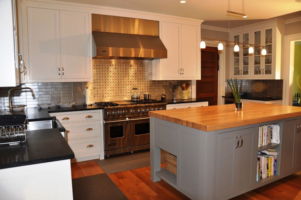 Sewell Appliance for a Transitional Kitchen with a Stainless Steel Stove and Sewell St. 2 Newton by Sb Architects Inc.