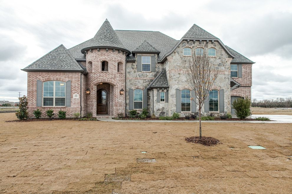 Shaddock Homes for a Transitional Exterior with a Brick and Stone and Havenhurst | Kings Crossing | Shaddock Homes by Shaddock Homes