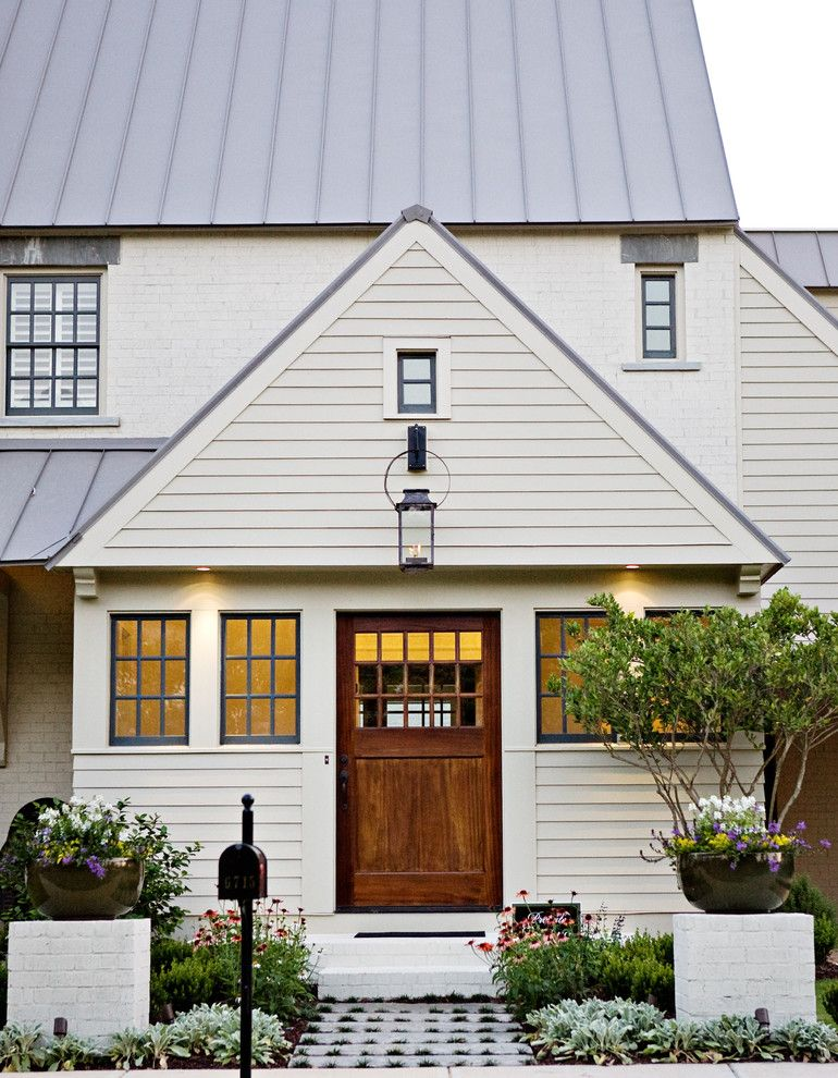 Sherwin Williams Exterior Paint Colors for a Traditional Exterior with a Wood Door and T Olive Properties Exterior by T Olive Properties