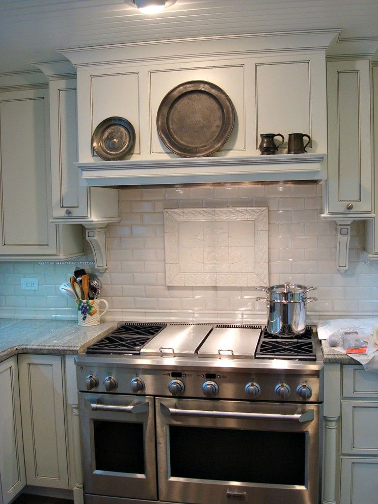 Shiloh Cabinetry for a Contemporary Kitchen with a Shiloh Cabinetry and Shiloh Cabinetry Kitchen by Lakeshore Cabinet