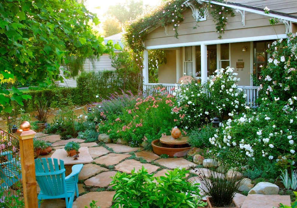 Shutterbug Santa Rosa for a Traditional Landscape with a Front Yard and Grace Design Associates by Margie Grace   Grace Design Associates