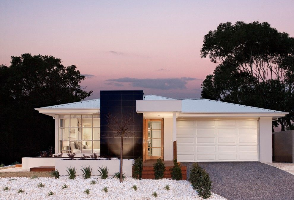 Sitterle Homes for a Transitional Exterior with a Entry and Facade by Orbit Homes