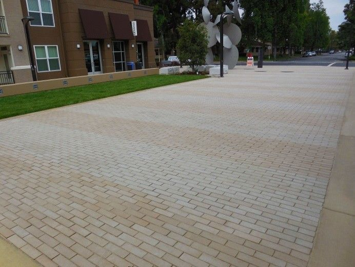 Stepstone Inc for a Traditional Landscape with a Stepstone Pavers and Paragon in Fremont by Stepstone Inc