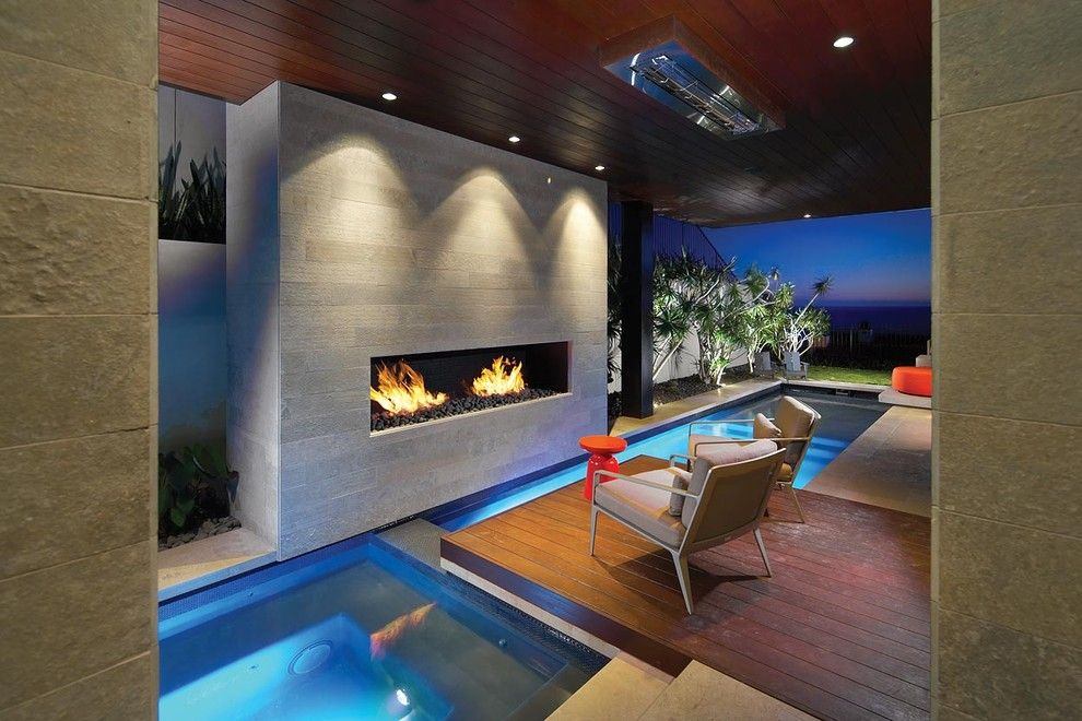 Tankless Water Heater vs Tank for a Modern Pool with a Dana Point and Caya by Horst Architects