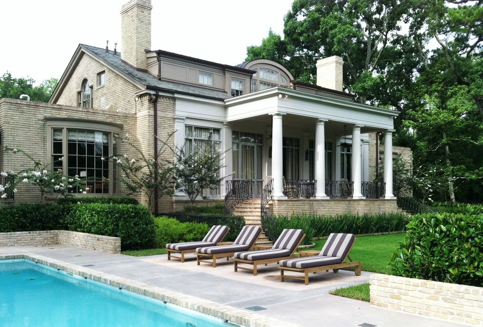 Tellepsen for a Traditional Landscape with a Pool and Buffalo Bayou Residence by Tellepsen Landscaping
