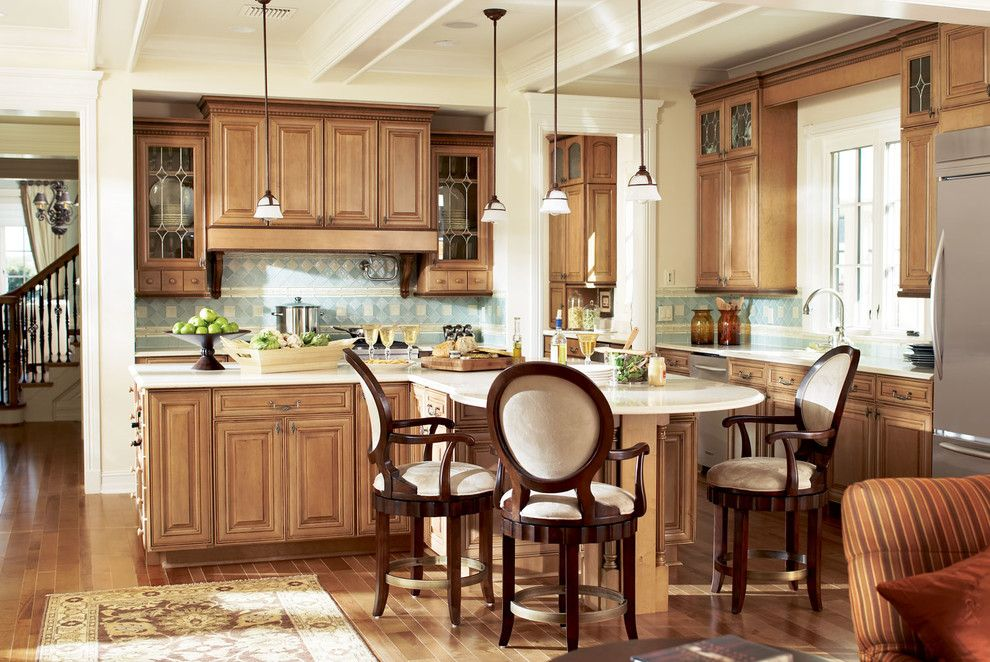 Timberlake Cabinets for a Traditional Kitchen with a Timberlake Cabinets and Cabinets and Cabinetry by Elevations | Design Solutions by Myers