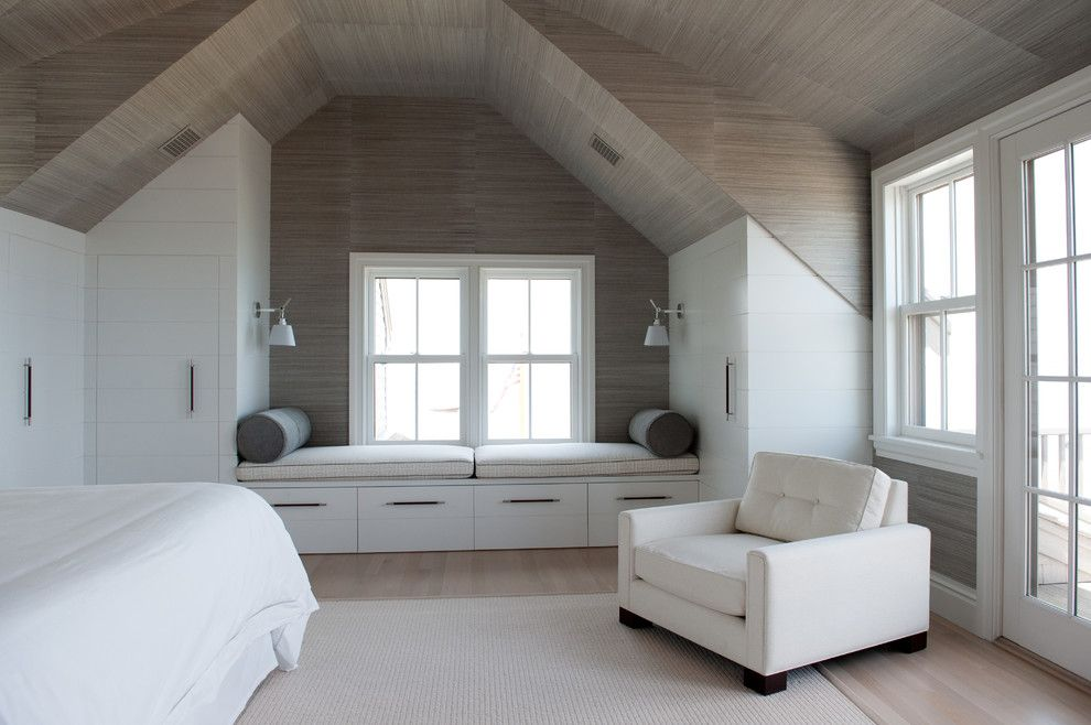 Timberpeg for a Beach Style Bedroom with a Sconces and Quaise Road by Bpc Architecture
