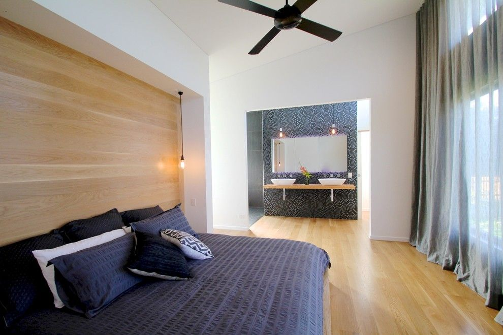 Timberpeg for a Contemporary Bedroom with a Glass Mosaics and Bluff Road House by Niche Design & Build